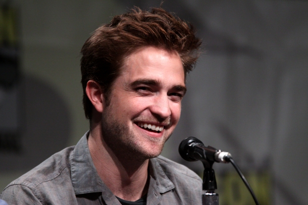 Robert Pattinson - 10 homens mais bonitos do mundo